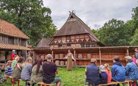 Märchenspaziergang im Museumsdorf