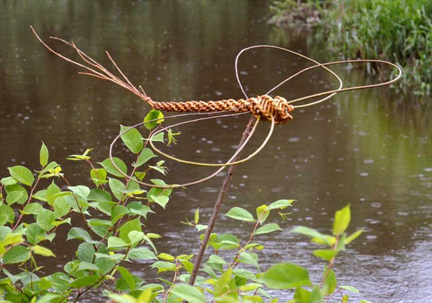 FLECHTKURS: Libellen/Gartendeko